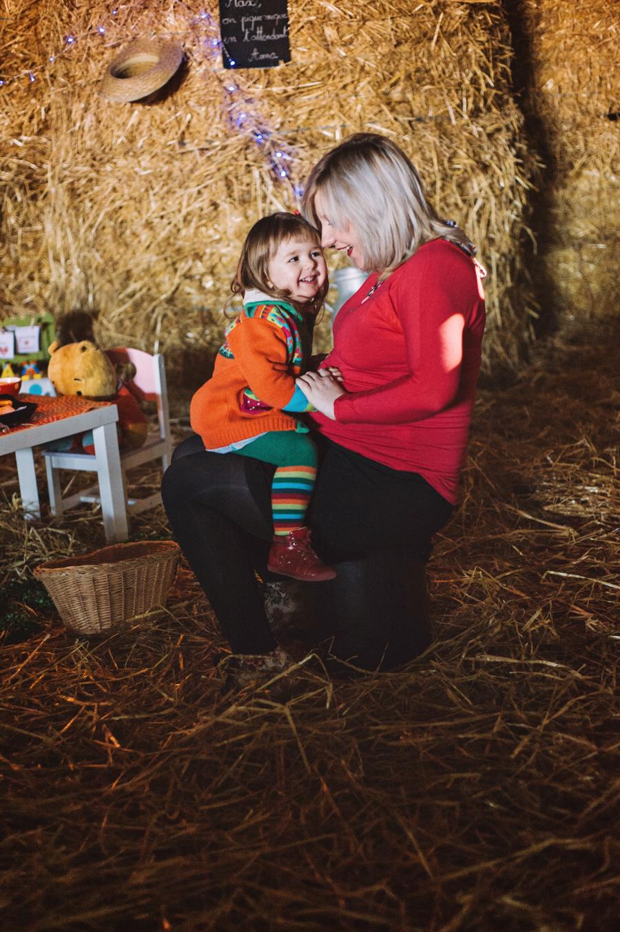 séance grossesse à la ferme